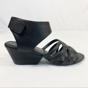 Eileen Fisher Pebble Leather Strappy Sandals Sz 10